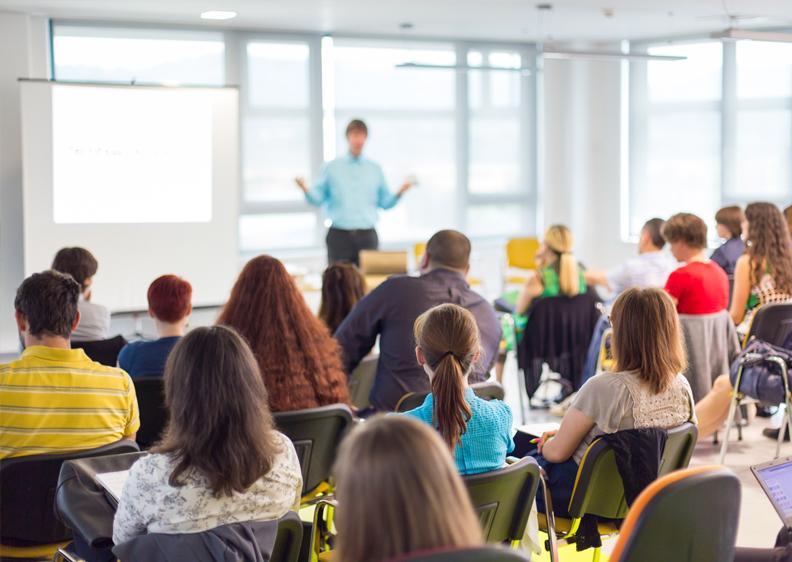 Classroom Training – Deutsch Center